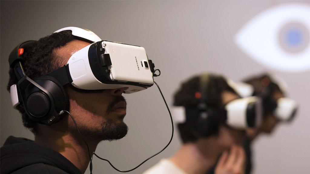 Welke soorten virtual reality brillen zijn er zoal?